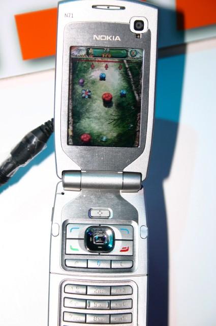 N71 - один из тех аппаратов, до которых N-Gage 2.0 не добралась. ЗапущенаMile High Pinball.